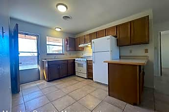Kitchen, 2503 Pecan Dr, 0