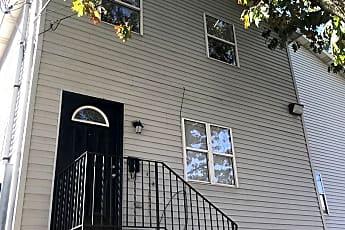 Building, 1538 E 8th St, 0