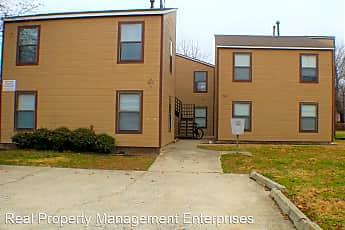 Building, 901 E Brooks St, 0