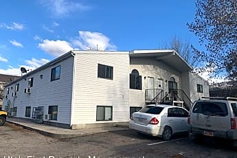 Building, 158 N 400 W, 0