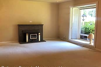 Living Room, 7505 SW Alden St., 0