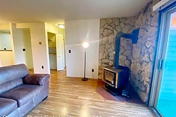 Living Room, 4660 Reka Dr, 0