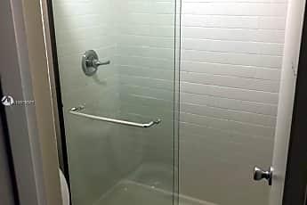 Bathroom, 750 NE 195th St 217, 2