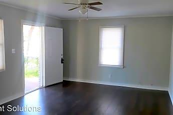 Living Room, 1366 Tioga Ave., 2