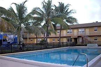 Pool, 95 NE 41st St, 0