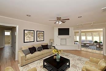 Living Room, 10206 Balmforth, 0