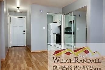 010_Living Room 424 N Center St #205.jpg, 424 N Center St #205, 2