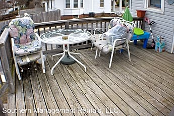 Patio / Deck, 220 S Pleasant Ave, 1