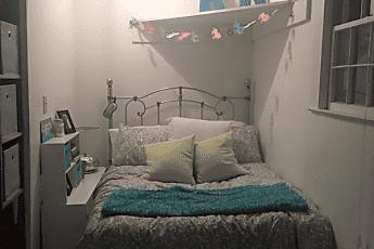Bedroom, 2512 Clark Ave, 2
