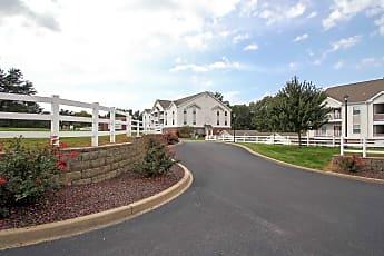 Building, Golf Brook Apartments, 0