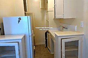 Kitchen, 329 S Manhattan Pl, 1