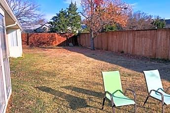 9 Backyard.jpg, 11110 Saint Michaels Dr, 2