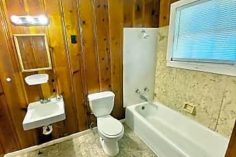 Bathroom, 273 Adams St, 2