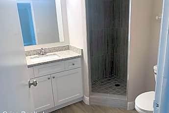 Bathroom, 5331 Summerlin Rd, 0