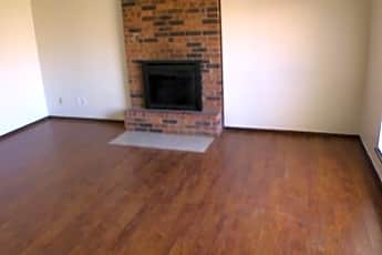 Living Room, 121 Stonewood Dr, 1
