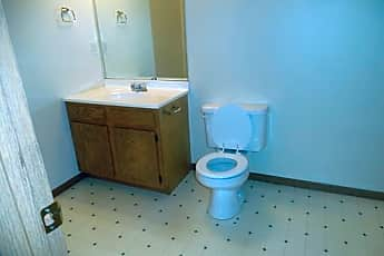 Bathroom, 697 N 25th St, 2