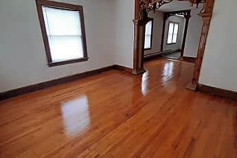 Living Room, 1702 S 5th St, 0