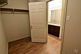 Bathroom, 2722 Majestic Dr, 2