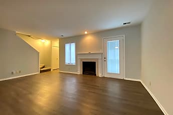 Living Room, 4320 Belleview Ave, 0