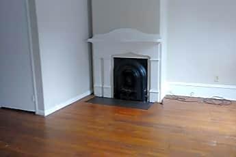 Living Room, 428 E Chestnut St, 0