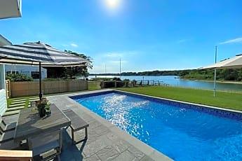 Pool, 470 Goose Creek Ln, 0