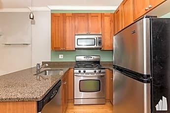Kitchen, 860 W Buckingham Pl, 0