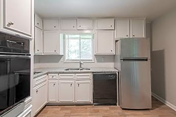 Kitchen, Room for Rent -  a 14 minute walk to bus 24, 0