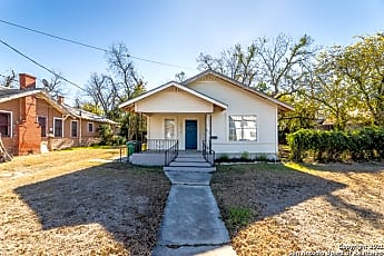 Building, 2514 E Houston St, 2