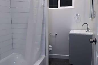 Bathroom, 151 S Oxford Ave, 2