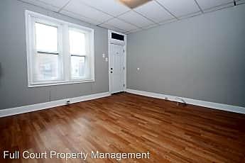 Building, 5915 McMahon St, 1