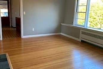 Living Room, 891 Memorial Dr, 0