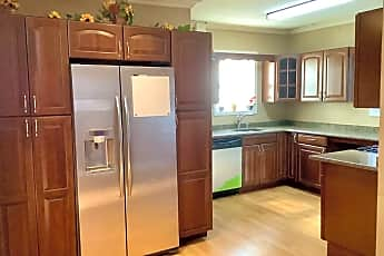 Kitchen, 622 W Maple Ave A, 0