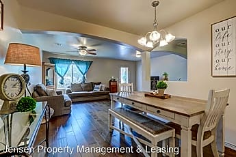 Dining Room, 1000 Bluff View Dr, 0