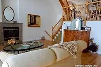 Living Room, 775 W Park Ave, 0