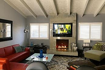 Living Room, 5037 Terramar Way, 0