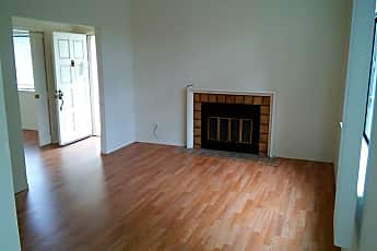 Living Room, 1578 Meadow Ridge Cir, 1
