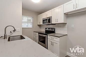 Kitchen, 206 W 38Th St, 0