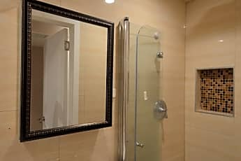 Bathroom, 69-36 175th St, 2