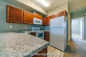 Kitchen, 262 Stadium Dr N, 0