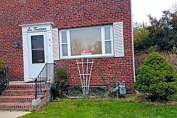 614 South Payne Street, 1