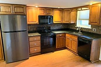 Kitchen, 300 Winding Way, 0
