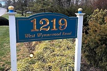 Community Signage, 1219 W Wynnewood Rd 509, 2
