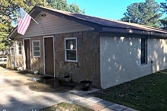 Building, 251 Mann Pl, 0