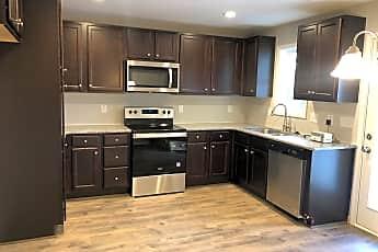 Kitchen, 117 Longleaf Pine Street, 1