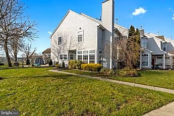 Building, 831 Thoreau Ln, 0
