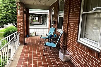 Patio / Deck, 517 Maxwell St, 0