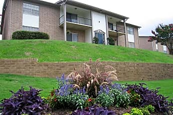 Building, Ravenwood Hills, 0