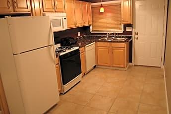 Kitchen, 212 West Spazier Ave, 0