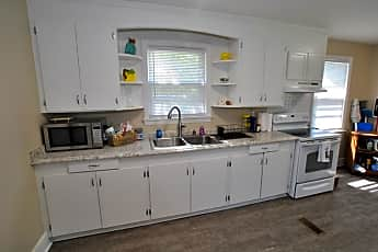 Kitchen, 520 Gregg Ave, 0
