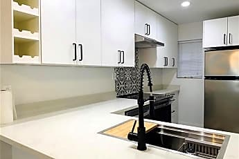 Kitchen, 3131 Southwest Fwy, 0